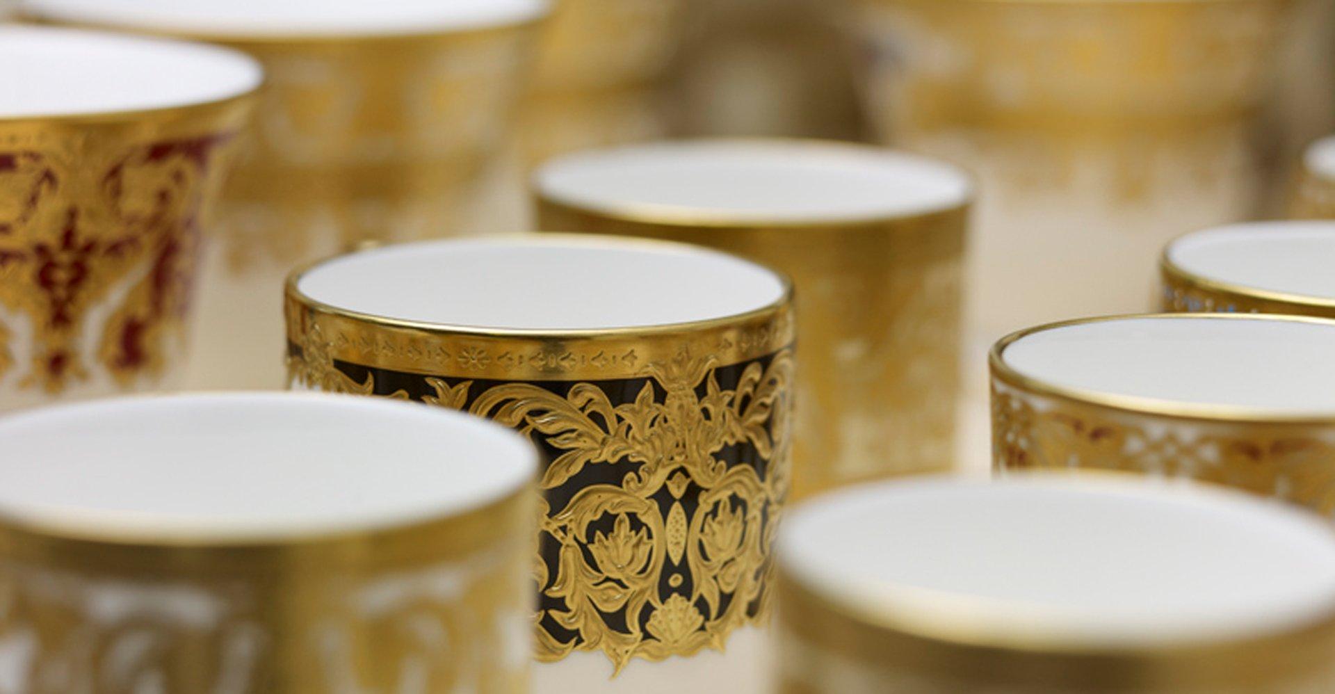 LyntonFBC-Luxury-Tableware-Fine-Bone-China-unique--and-bespoke-table-sets
